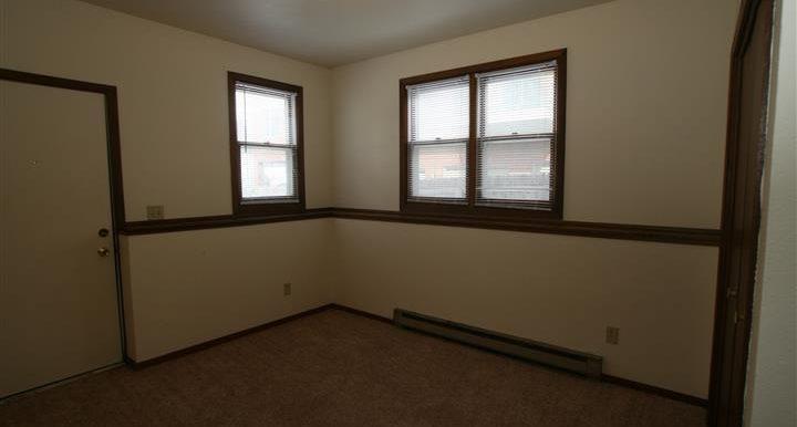 312bedroom3